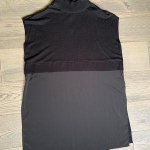 BLACK LABEL BY CHICOS black mixed fabrics tunic